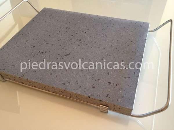 Comprar piedra volc nica natural para asar carne 30x25 2cm con soporte - Barbacoas de piedra natural ...