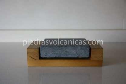 IMG 5718 416x277 - Piedra para cocinar a la piedra 12x10x3 con base madera