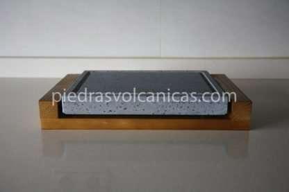 carne a la piedra volcanica 20x20x3 base madera piedrasvolcanicas 416x277 - Piedra para cocinar a la piedra 25x20x3 con base de madera