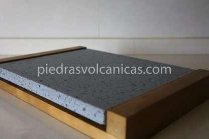 carne a la piedra volcanica 30x25x2 base madera piedrasvolcanicas 2 416x277 - Piedra para cocinar a la piedra 30x25x2 con base de madera