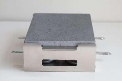 piedra-asar-carne-con-quemadores-25x20-R1A158-IMG_5996-eq_1024_piedras_volcanicas